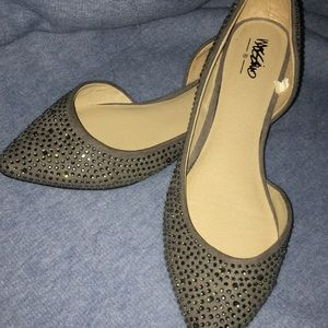 Mossimo Woman's Studded Pointed Flats